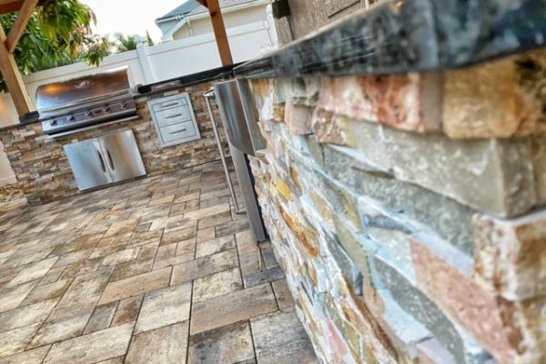 outdoor-kitchens-freshlookoutdoor-217342C271-63C6-18F2-B904-6E6DA72A1BDB.jpg