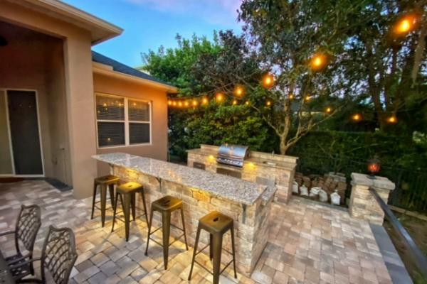 outdoor-kitchens-freshlookoutdoor-344D723217-DB5E-FB7B-BA15-D8BC12BBAFD3.jpg