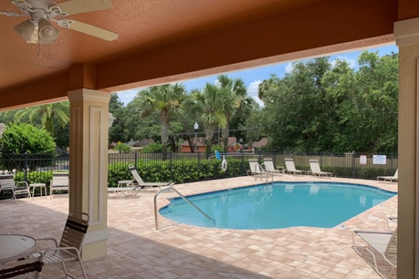 pool-decks-freshlookoutdoor-109F881BD-A413-138D-3222-4B68F2C1CB81.jpg